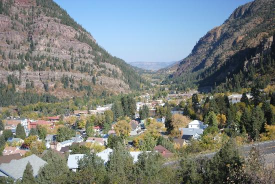 Ouray Chalet Inn: Overlooking Ouray,Colorado.