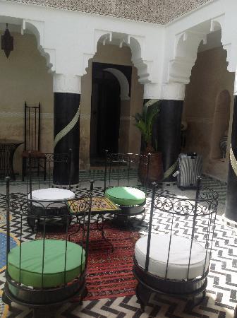 Riad El Mansour: cortile interno