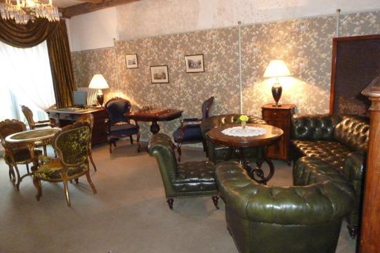 Antonius Hotel: la sala della lettura