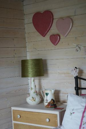 Blackbrook Lodge Caravan & Camp Site: love shack