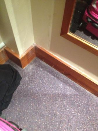 Premier Inn Nottingham Arena (London Road) Hotel: scruffy corner
