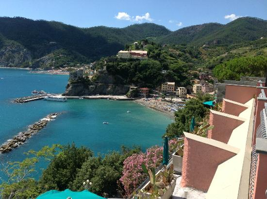 Hotel Porto Roca: View of Monterosso from our room