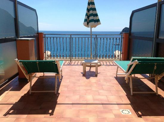 Hotel Porto Roca: The terrace