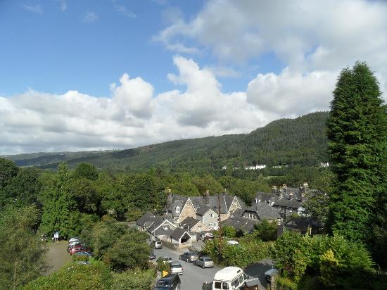 Coed-y-Fron Guest House: View of Conwy valley from room