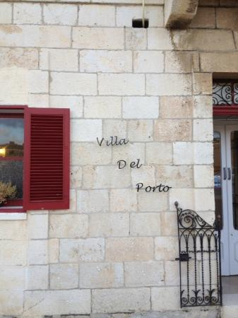 Villa Del Porto: Entrance