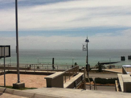 Town Lodge Port Elizabeth: view from pool deck in the morning