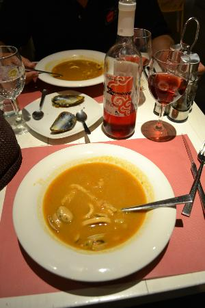 Hotel Pamplona Plaza: seafood soup starter, a meal in itself