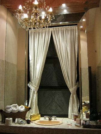La Gioconda House Hotel: Bathroom