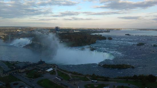 Niagara Falls Marriott on the Falls: The View from our Room Floor 31 room 17