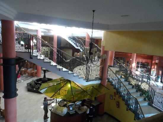 Bahia Principe Costa Adeje: Grand stairway