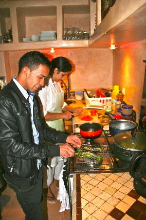 Riad Dar Zaman: Hassan and Karima show how it's done. (Cooking class)