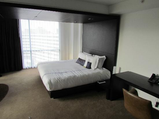 Kimpton Donovan Hotel: The most comfortable bed you will ever rest upon