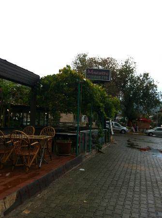 Efendi Hotel: The restaurant and bar attached to the hotel