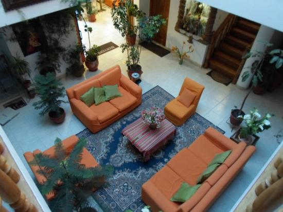 Hotel Awki's Dream: Main Floor Sitting Area