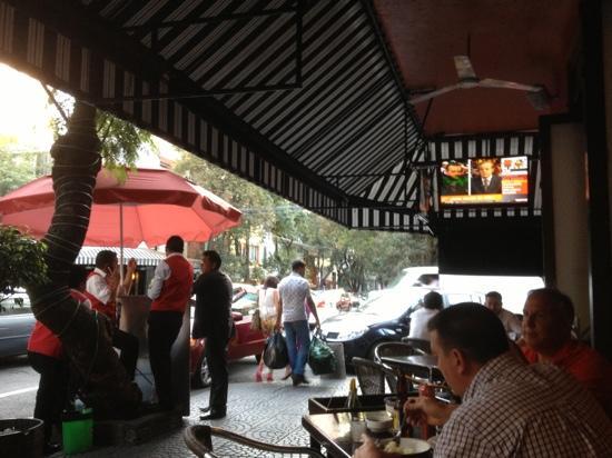 Quebracho Lerma : seating outside