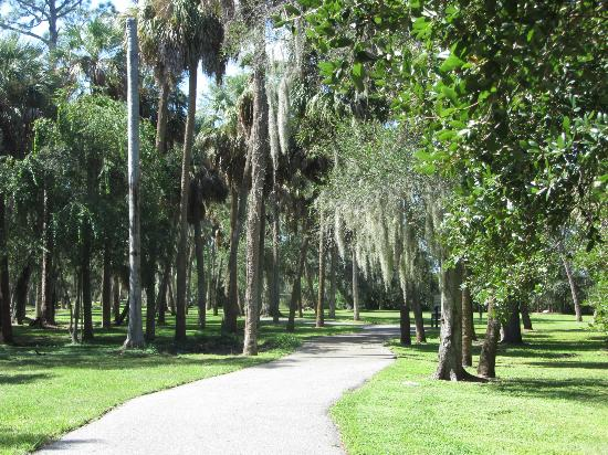 Tampa Marriott Westshore: Cypress Point Park, a short distance from the hotel