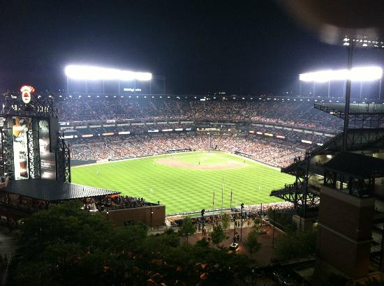 Hilton Baltimore: View from the balcony during a night game