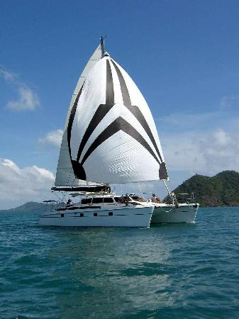 SY Nakamal Sail and Dive Charters