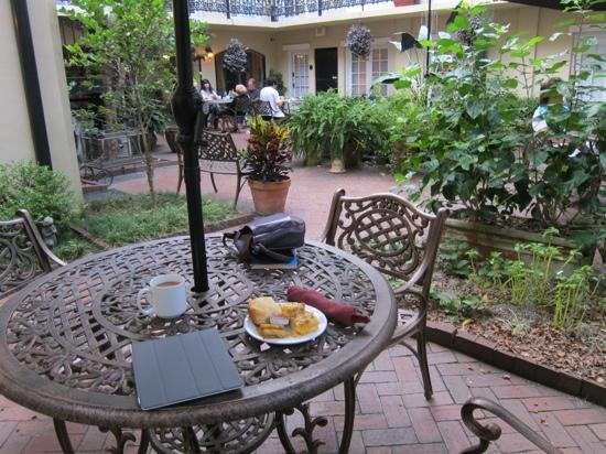 Eliza Thompson House Savannah: breakfast