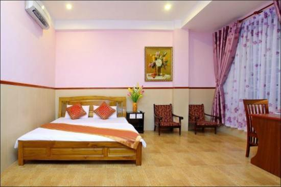 Hoa My Hotel: double room
