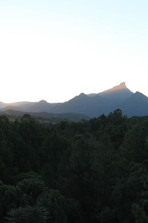 ecOasis Resorts: View of Mt Warning from Sunrise Chalet