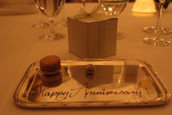 The Cloister at Sea Island: Happy Anniversary Wishes