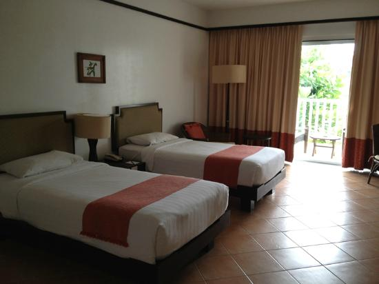 Aonang Villa Resort: superior twin beds