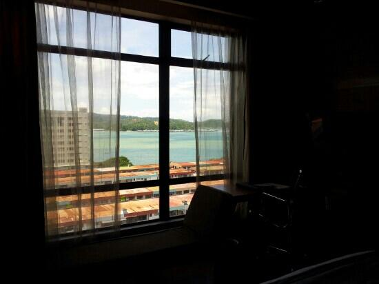 Horizon Hotel: Our room with a view