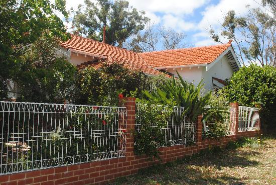 Nedlands, Australia: getlstd_property_photo