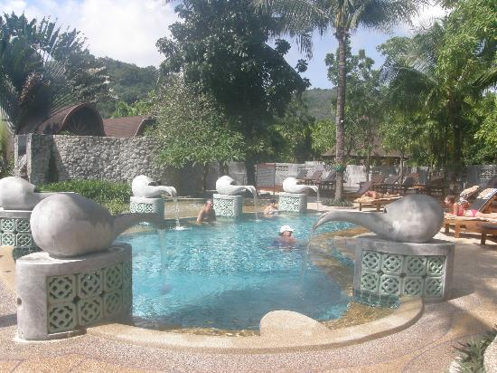 The Village Resort and Spa: The Socialising Pool, where many a drink can be had
