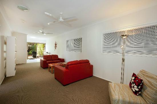 Mt. Coolum Retreat 'A Bed & Breakfast' : Guest lounge