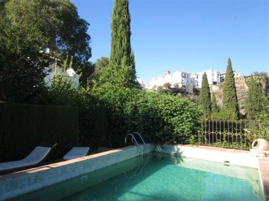 Hotel Alavera de los Banos: Pool