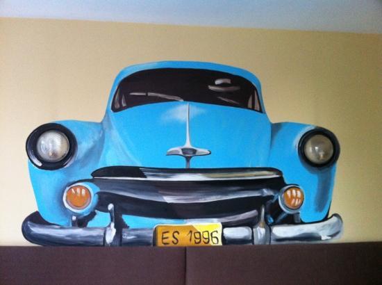 Le Centenaire: over headboard room 204