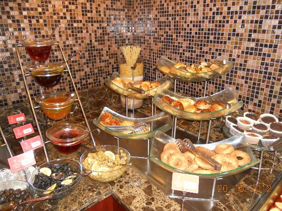 Taksim Park City Hotel: sweets