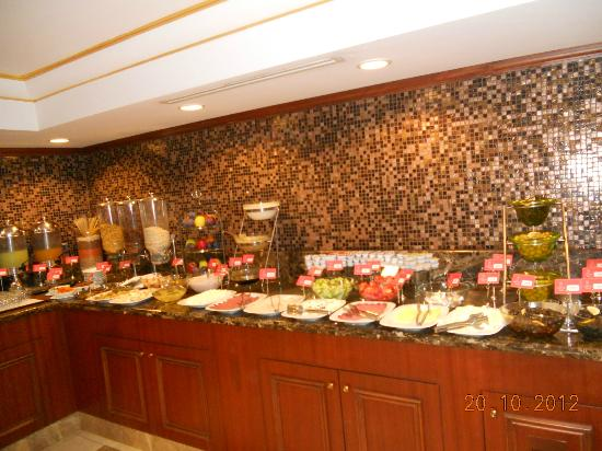 Taksim Park City Hotel: buffet