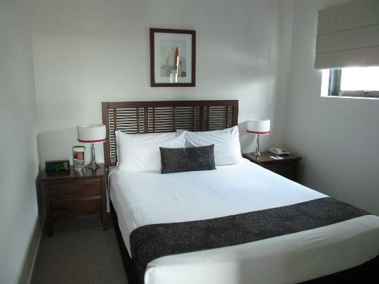 Quest Spring Hill Serviced Apartments: Main Bedroom