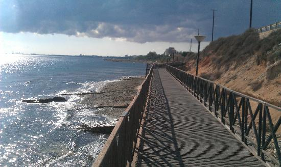 Atlantica Bay Hotel: Joggers Paradise to limassol