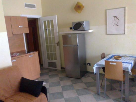 Residence 2Gi Ajraghi: l'ingresso e il soggiorno