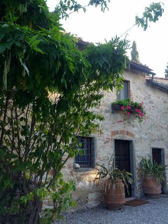 Tenuta di Ricavo: One of the pretty-as-a-picture rooms