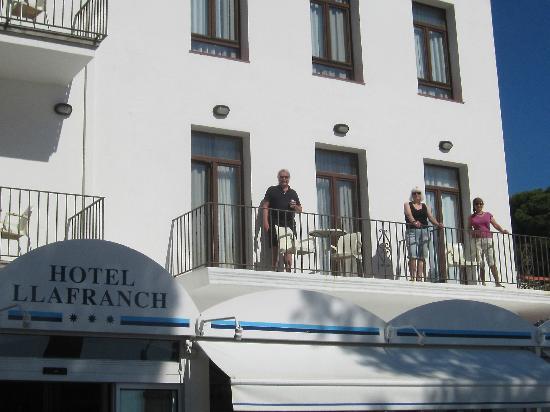 Hotel Llafranch : Balconies