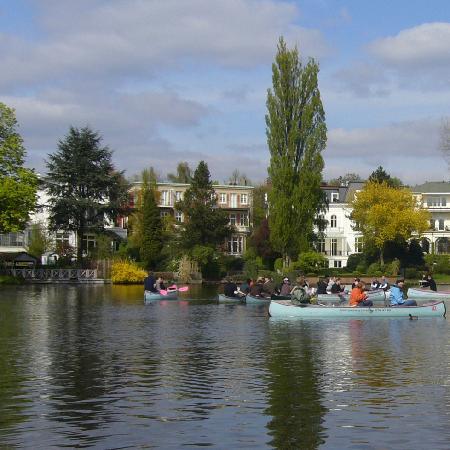Zur Gondel: Hamburg vom Wasser aus genießen