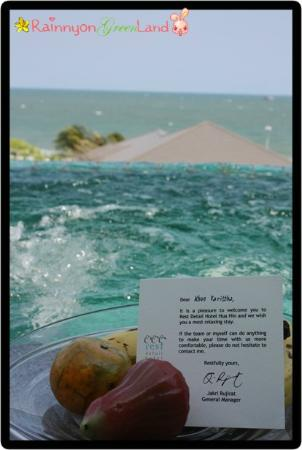 Rest Detail Hotel Hua Hin: Welcome fruit and the Jacuzzi