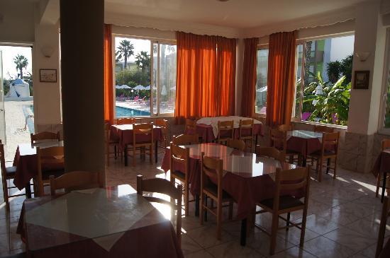 Giakalis Aparthotel: Ресторан