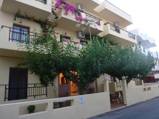 Cleopatra Apartments: CLEOPATRA APTS