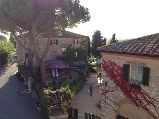 Hotel Borgo San Felice: vista dalla finestra