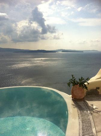 Pezoules: pool view 