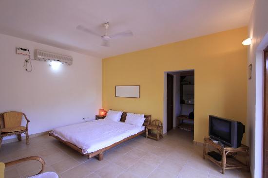 Silk Cotton Resort: Our room