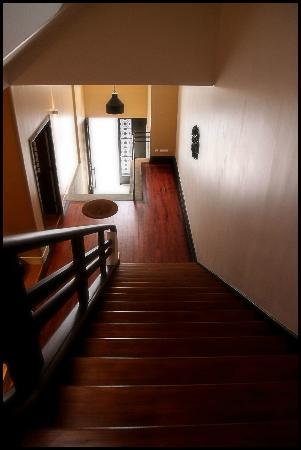 Spot Oporto Hostel: Entrance