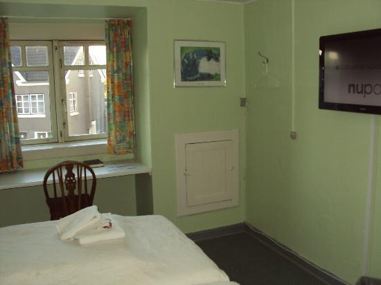 Diagonalkroen Inn: Camera