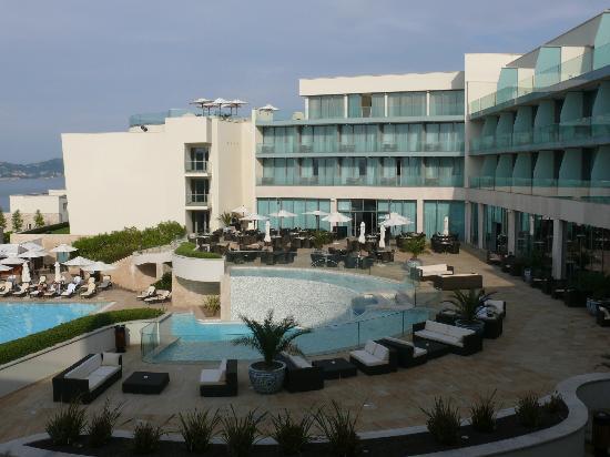 Kempinski Hotel Adriatic Istria Croatia: hotel and pool